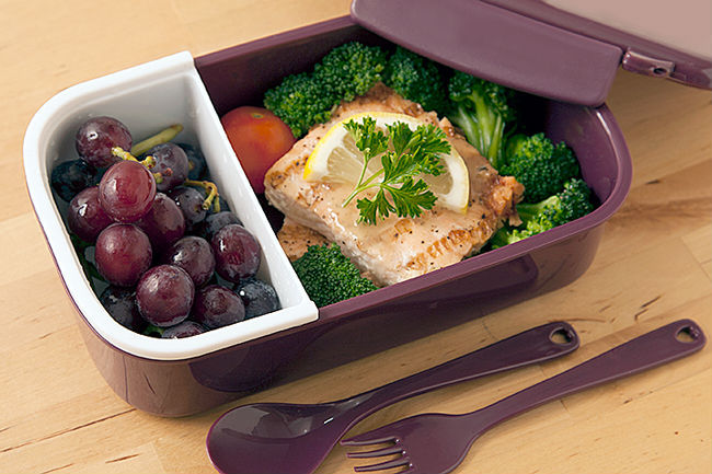 Hot Sell Japanese Style Single Microwave Tableware Lunch Box Double Layer Food Grade PP Bento Lunch Box(China (Mainland))