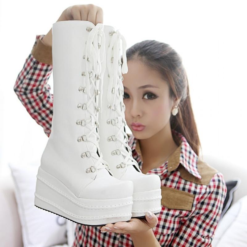 Мягкая обувь для пожилых женщин