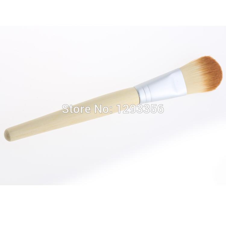 1Pcs Wood Color Brush Single Cosmetic Wood Handle Mask Blush Foundation Brush(China (Mainland))
