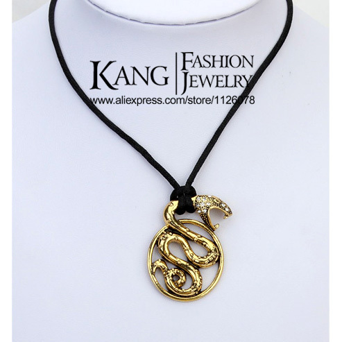 Personality vintage Punk Serpentine Necklaces & Pendants designer jewelry statement Exaggerated Women's Necklace Accessories(China (Mainland))