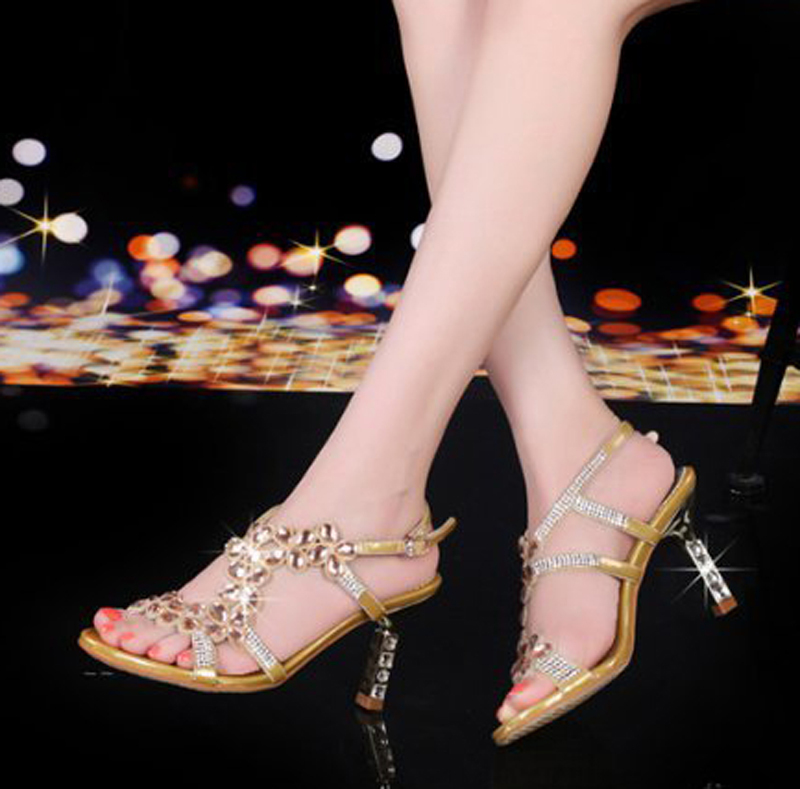 Фотография 2016 rhinestone sandals styles peacock high-heeled shoes thick thin wedges genuine leather rhinestone female sandals M15-01