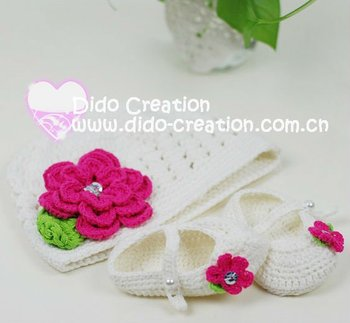 1 set Handmade Crochet flower Baby Hat plus Shoes footwear for babies newborn gifts 100% cotton DD99011B Free shipping