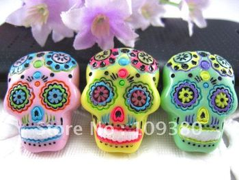Free shipping 15pcs/lot resin crafts flatback resin skulls for phone hair home decorations