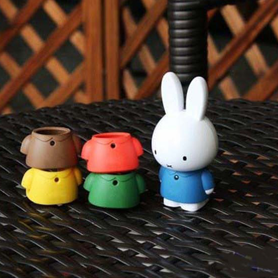 2GB And 4Gb Sports Running Cartoon Cute Mini Cartoon Rabbit MP3 Music Player With 5 Color Jackets Gift For MP 3 2G Free shipping(China (Mainland))