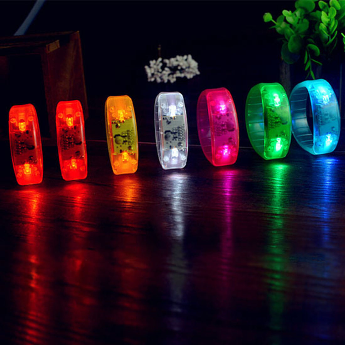 HOT!!Unisex Sound Controlled LED Light Up Bracelet Activated Glow Flash Bangle For Mother's Day Festival Party fast delivery(China (Mainland))