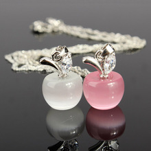 Fashion Lovely Crystal Rhinestone Necklaces Unique Design Opal White Silver Plated Apples Necklace Pendant Chain For Women Girls(China (Mainland))