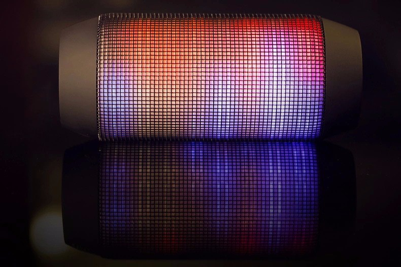 New Lights Bluetooth speaker for phone/computer/pc Blutooth Speakers FM Radio receive Handsfree TF/ U disck stereo loudspeakers