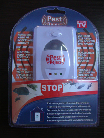 New Arrivel 2015 Electronic Ultrasonic Pest Control Mice Fly Cockroaches Mosquito Rat Repelling Device As Seen on TV(China (Mainland))