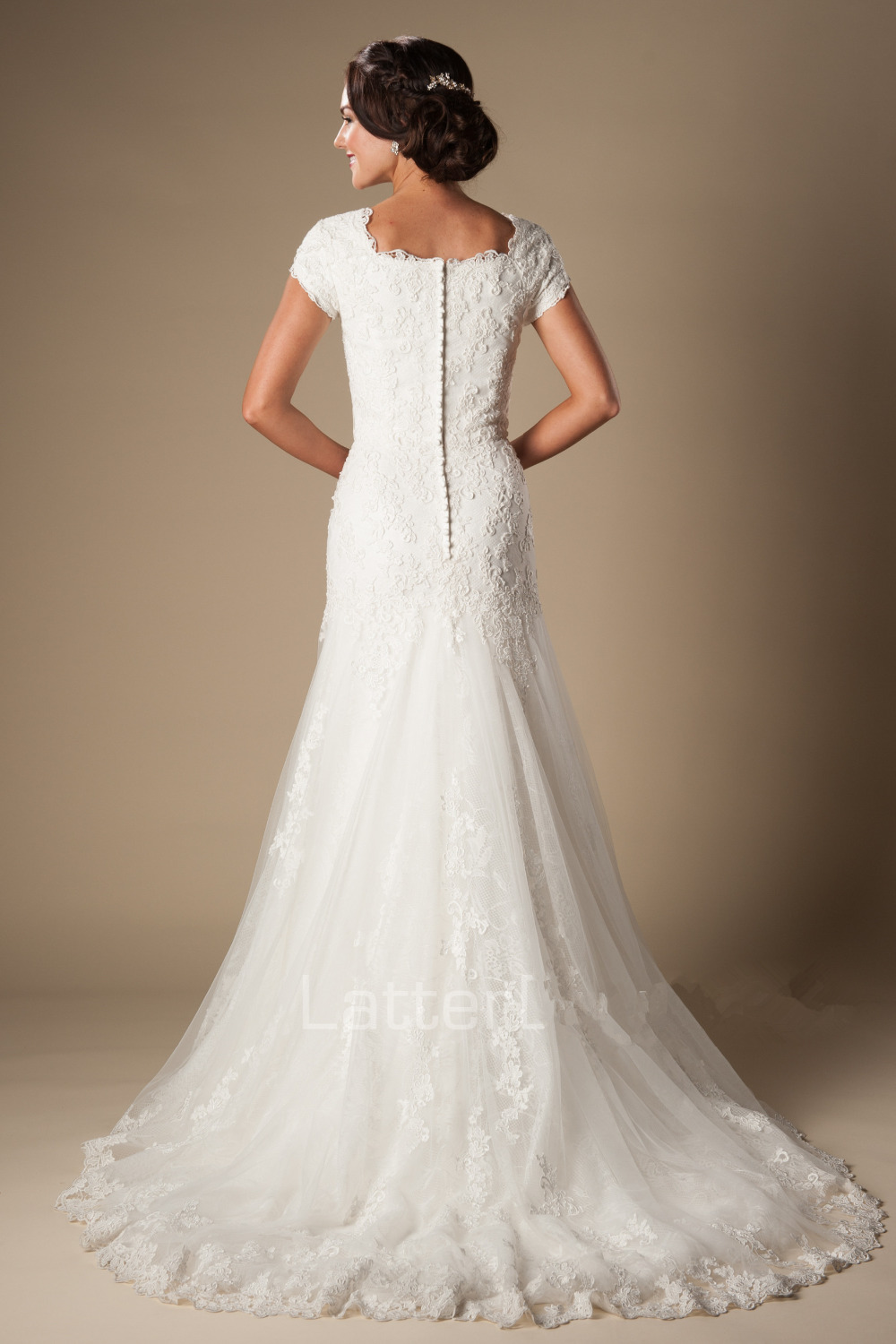 Wedding Dress 2016 Short Sleeve Vintage Lace Appliques Elegant Sheath Wedding