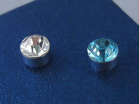 Wholesale - stainless steel 7mm imitation diamond magnetism ear clip stud earrings 30pair/lot mix order free shipping(China (Mainland))