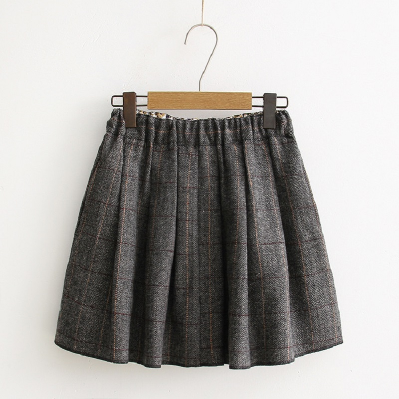 Get the best deals on brown plaid skirt and save up to 70% off at Poshmark now! Whatever you're shopping for, we've got it.