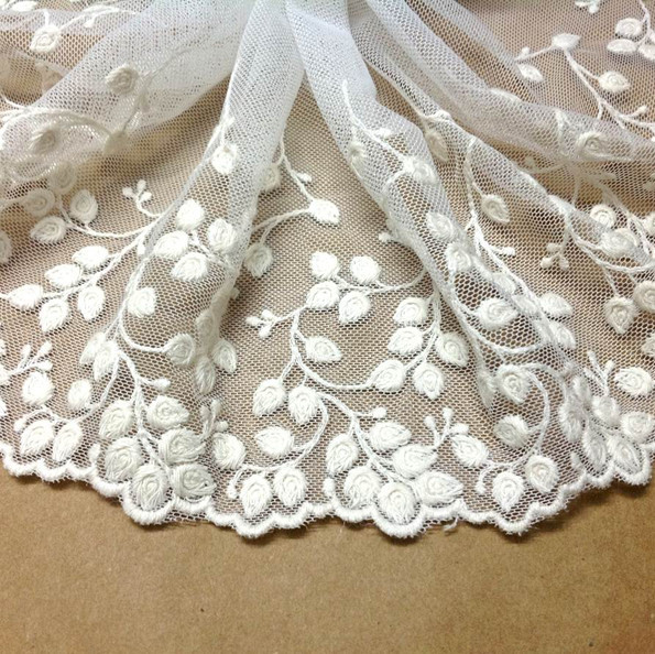 2015 New 15cm 10yards/lot Beige/White Cotton Embroidered Restoring Ancient Lace Fabric DIY Lace Sewing Fabric Accessories(China (Mainland))