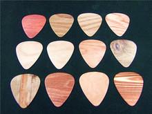 10pcs Newest   Wood grain Guitar Picks Thickness 0.71mm