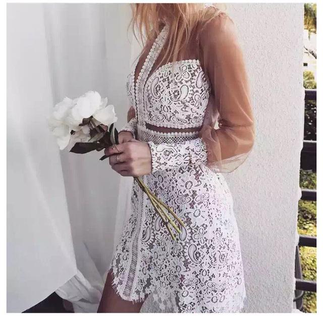 2016 новых прибытия белый и черный кружевном ПЛАТЬЕ с длинным рукавом выдалбливают короткое платье для любите лимоны