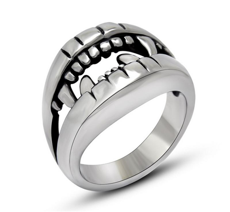 New Fashion Mens Punk Jewelry Stainless Steel Finger Ring Crocodile Tooth Rings Accessories Man Party Gifts(China (Mainland))