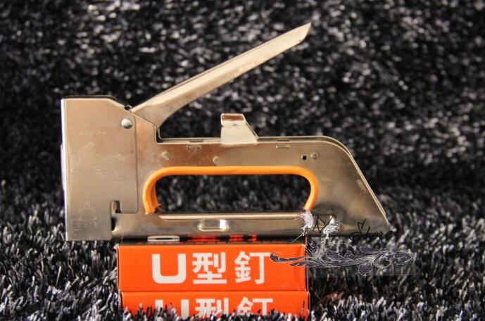 Free shipping Nail staple Gun & Stapler for wood furniture, door & upholstery U Nail+2400 Nails(China (Mainland))