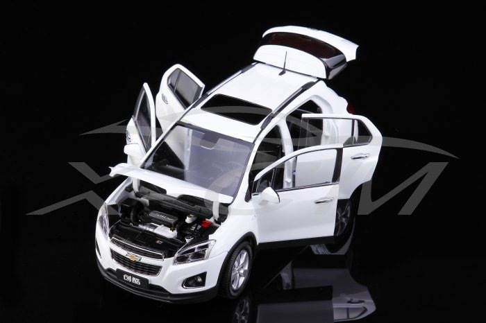 Car Styling Colecionaveis 1:18 Die cast Model Car Brinquedos For TRAX SUV Vehicles Alloy Scale Model Toys Gift Display(China (Mainland))