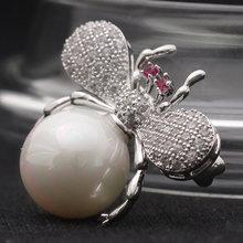 Red zirkon Mata Lebah bros perhiasan untuk pria Partai Anniversary Perhiasan Terbaik Cubic zirconia Pin Syal Imitasi Mutiara Jilbab Pins(China)