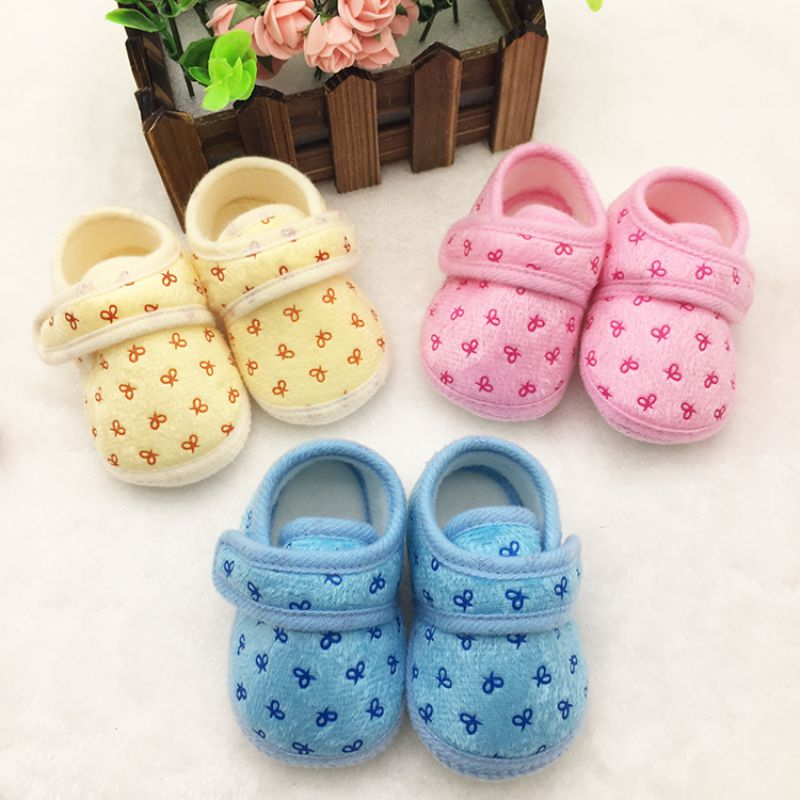 Baby Girls Casual Comforty Crib Shoes Bowknot Velcro Hook Loop Cotton Shoes New 2016 First Walkers<br><br>Aliexpress