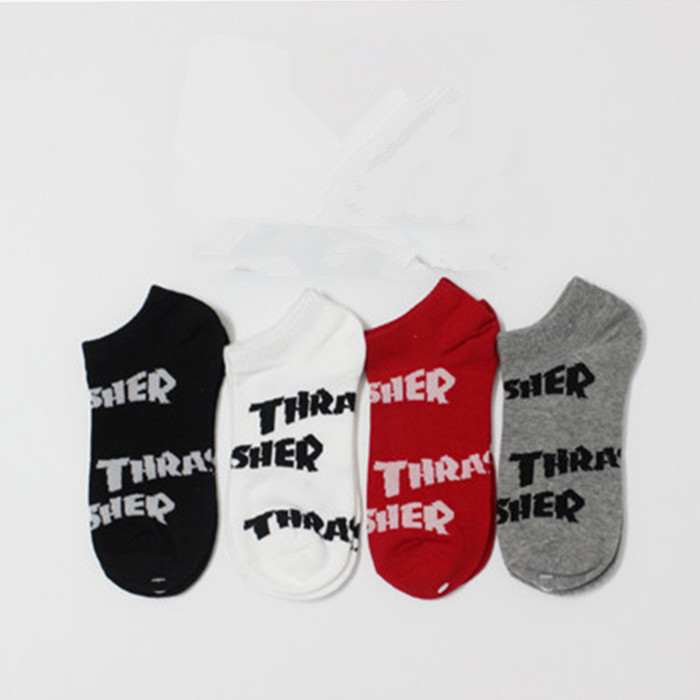 Pure Cotton Socks Harajuku Street Tide Black and White Letters Thrasher Men's ankle Sport Sock Funny Skate Stocking crew sox(China (Mainland))