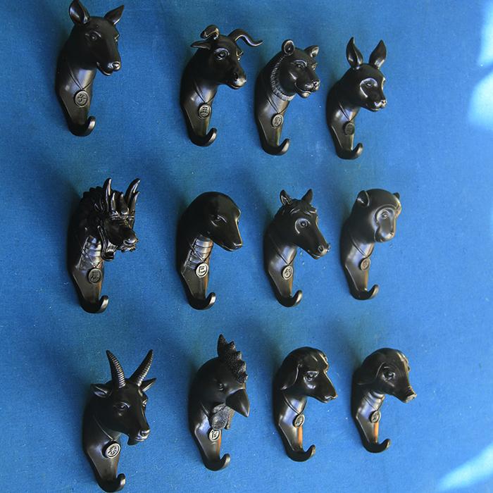 Black zodiac Robe Hook Decorative Wall Coat Hat Key Hanger Creative Design Wall Art Hooks(China (Mainland))