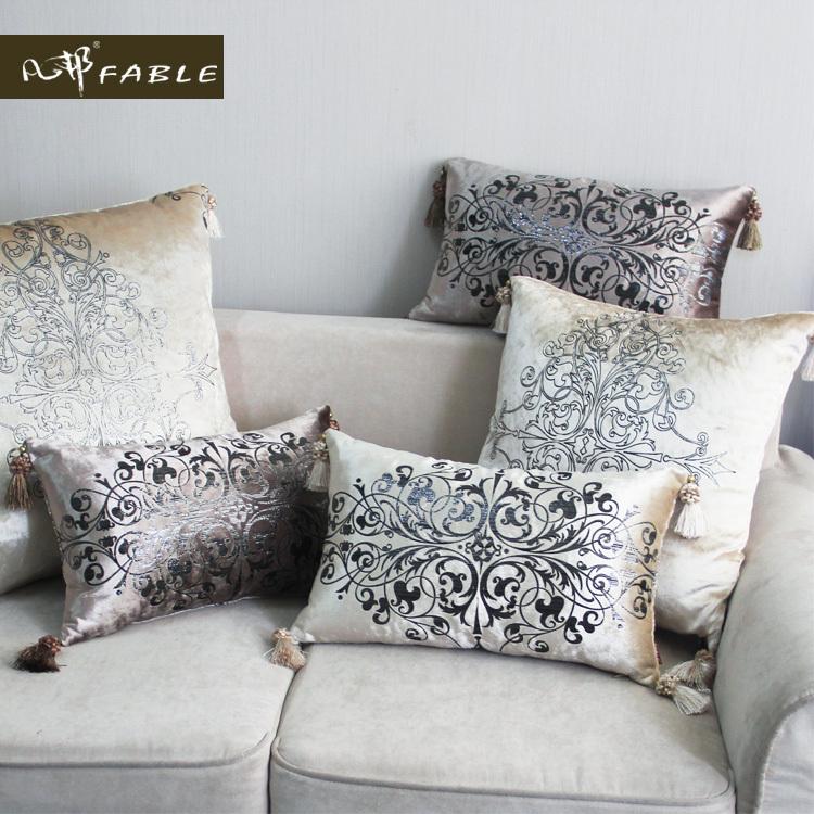 Quality Luxury Fashion Velvet Printing Sofa Cushion Gold