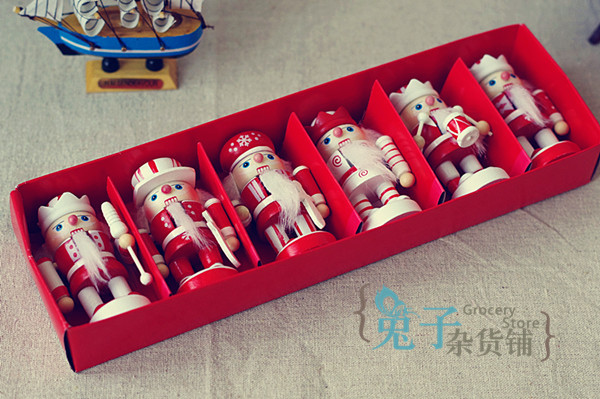 Nutcracker for za kka home accessories decoration 10cm candy gift box set(China (Mainland))