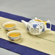 Exquisite Tea Set Bone China,Kung fu tea set for balck tea,Travel Ceramic Tea Set,One teapot & Two cups(China (Mainland))