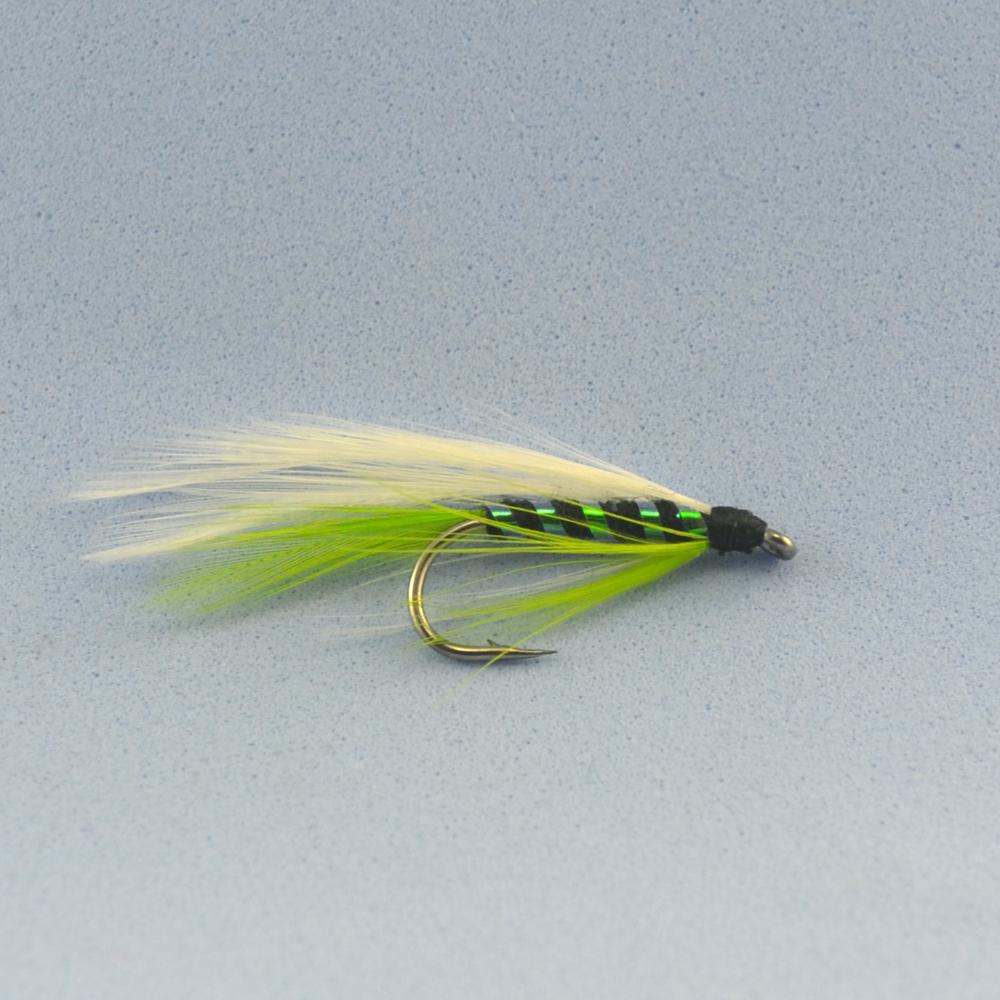 рыбалка на личинку мухи