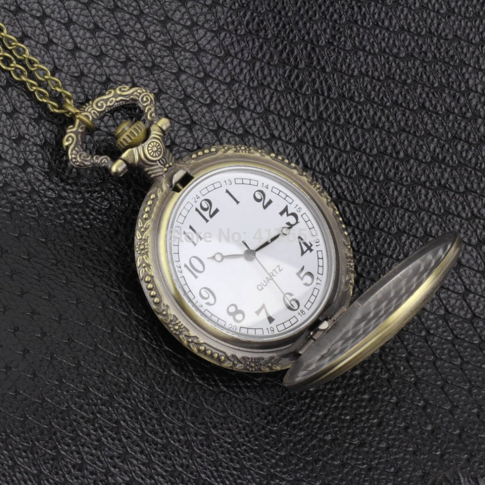 Vintage Antique Silver Roman Numerals Stainless Steel Quartz Pocket Watch Pendant with Chain Unisex Gift reloj