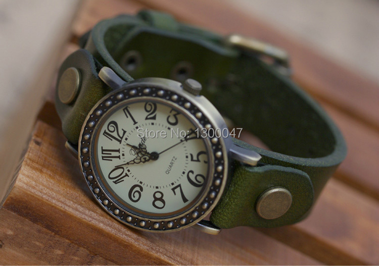2015 New Genuine Cow Leather Watch Bracelet Men and Women Pointer Dress Watches Casual Rivet 2CM