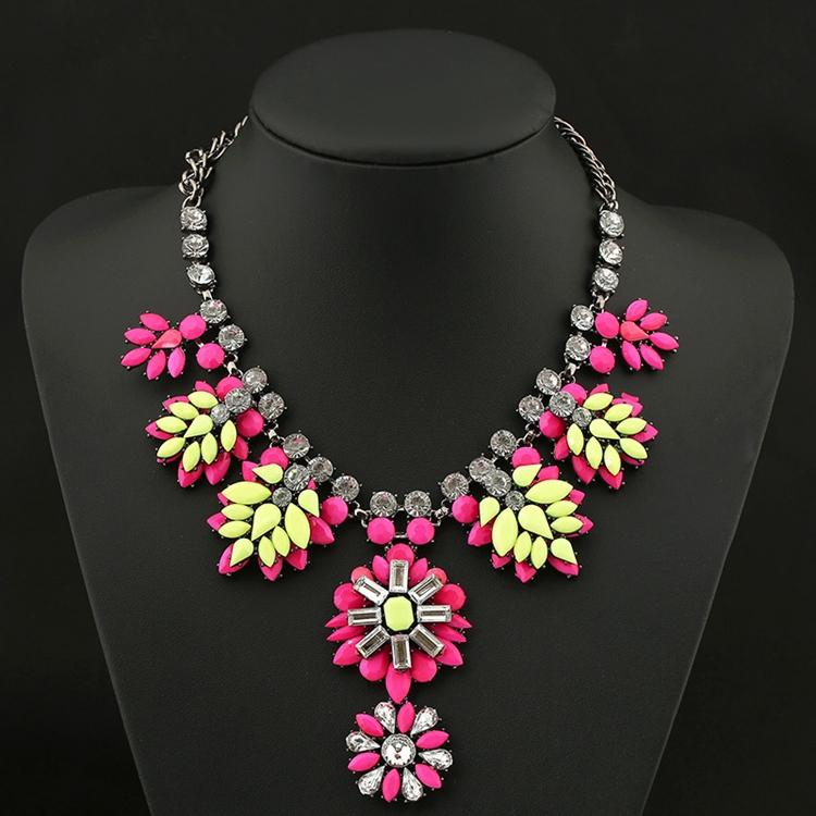 2015 New Fashion Design Bridal Jewelry Vintage Neck Bib ...