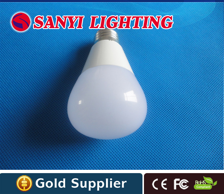 High quality nice product 5 watt led bulb with FC CE RoHs 3 years warranty(China (Mainland))