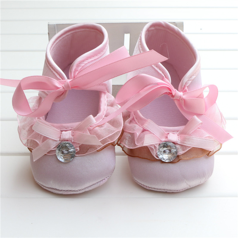 2015Sale Princess Baby Baptism Shoes Pink Satin Ballerina Flat With Pink Ribbon Girl Shoes Heart Print Sole Sapatos Infantis(China (Mainland))