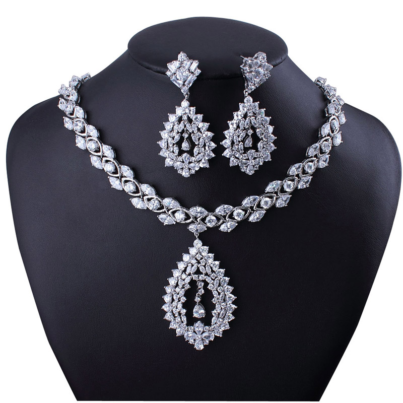 Free courier High Quality 2013 Designer recommend Cubic Zirconi Necklace Wholesale season clearance<br><br>Aliexpress
