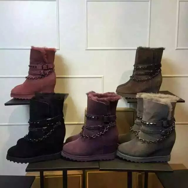 Winter Fashion Solid Color New Snow Boots Height Increasing Warm Sexy Metal Chain Rivet Match Flat Heel Women Boots Shoes Woman<br><br>Aliexpress