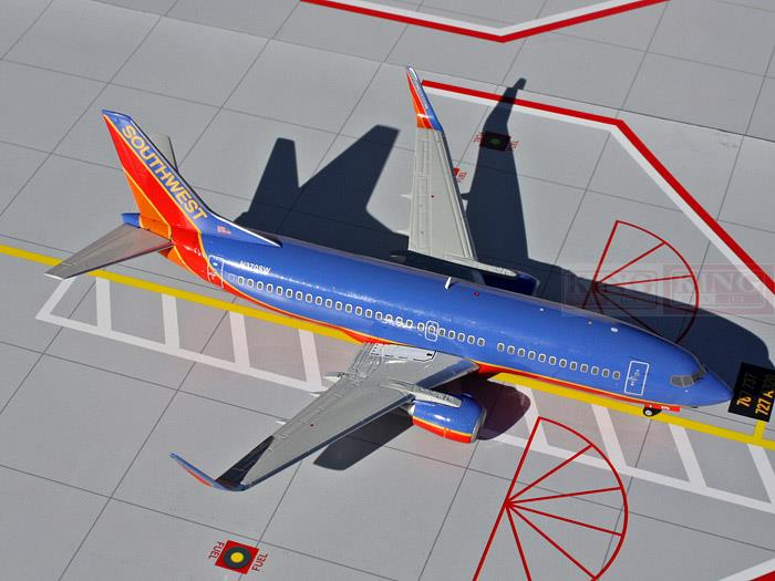 GeminiJets Southwest Airlines N370SW G2SWA311 1:200 B737-300W commercial jetliners plane model hobby(China (Mainland))