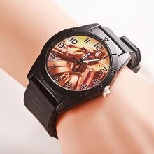2015 nuevo personaje del juego relojes cartoon alta calidad de goma quartz-watchNeutral exterior deportes del negro del reloj