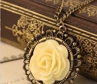 fashion accessories nostalgic vintage rose flower necklace long design necklace female
