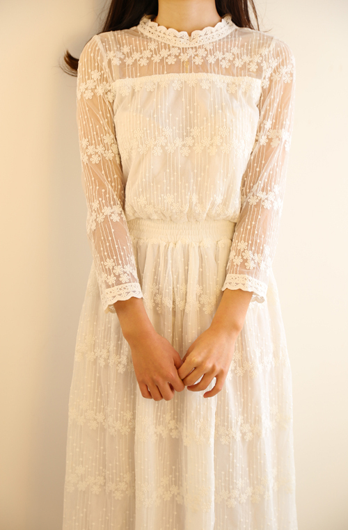 2015-Women-Long-Maxi-Dress-White-Lace-Cotton-Long-Sleeve-Sexy-Dress-Casual-Beach-Party-Vestido.jpg