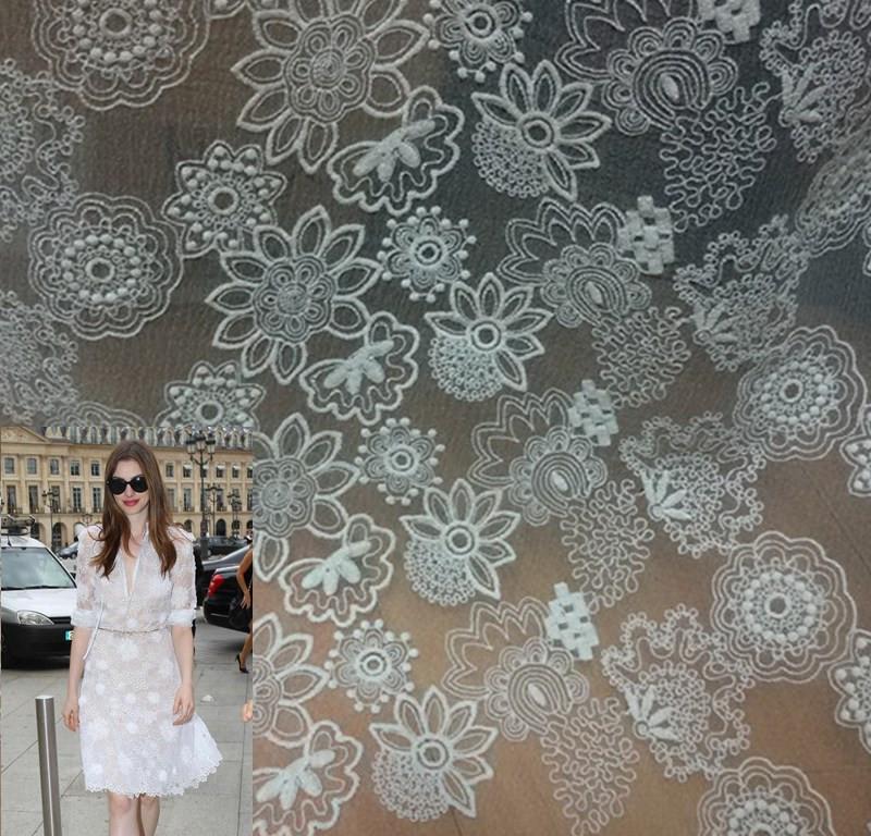 Cordón del Organza blanco bordado tela floral retro boda de tela de encaje tela de encaje 145 cm de ancho por yard(China (Mainland))