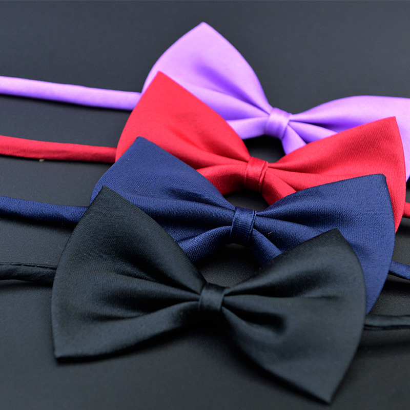 Bow ties come in an array of different colors and patterns and it seems for some designers the brighter the better. No matter the suit or the occasion the bow tie would make a great choice in men's neckwear.