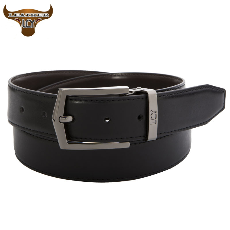 In our line of men's belts, you'll find the full spectrum of what hand-stained leather can do. The accompanying hardware is likewise selected with quality and strength in mind. Primarily brass, the buckle is formed with lead-free, precision plating, and comes in a variety of styles and finishes, including the Bosca family crest.