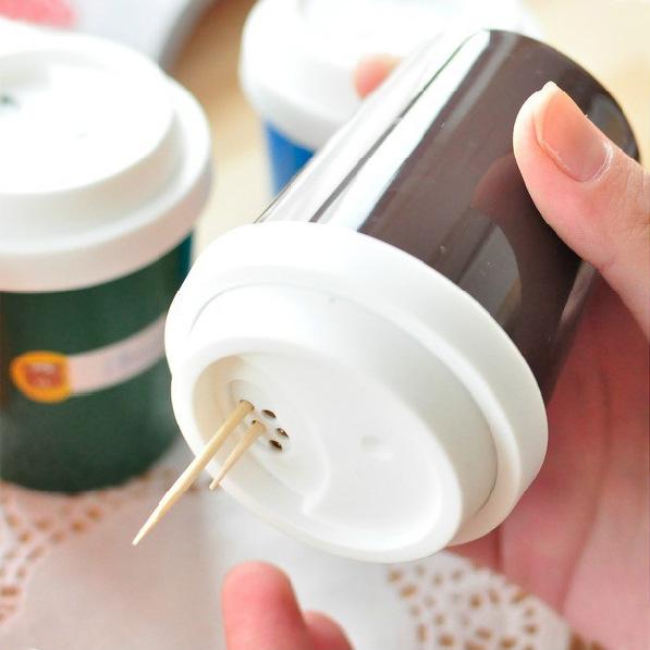 Estilo creativo taza de café tubo palillo asiento palillo mondadientes caja multifuncional condimento especia tarro 38 g(China (Mainland))