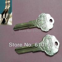 B228 Happy sheep double row brass door key