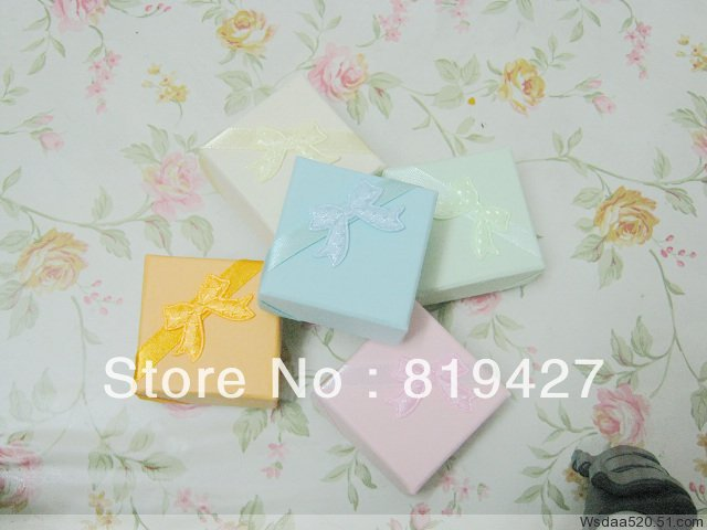 Free shipping Multi Gift Paper Stripe Jewelry Boxes, Ring cases, Earring Box Size 4*4cm 24pcs/lot China display Suppliers(China (Mainland))