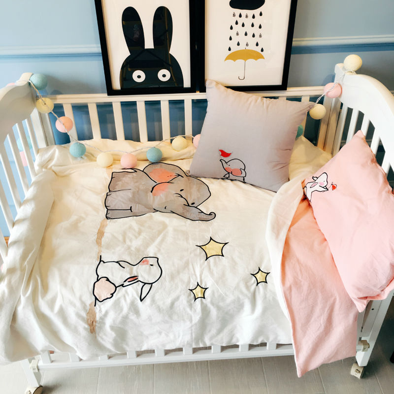 cartoon animals print 4pcs cotton linens quilt cover set for babies/toddlers/kids duvet cover+bedsheet+pillowcase+cushion(China (Mainland))