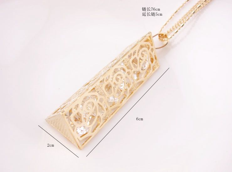 New Retailing Min.order is $15 (mix order) FC - HD102 - sweater necklace - Hollow roses stereoscopic triangular prism zircon(China (Mainland))