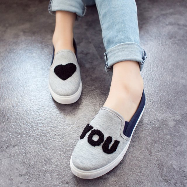 Free shipping 2014 new heart canvas shoes Korean wave of a foot pedal set flat shoes lazy shoes casual shoes student shoes