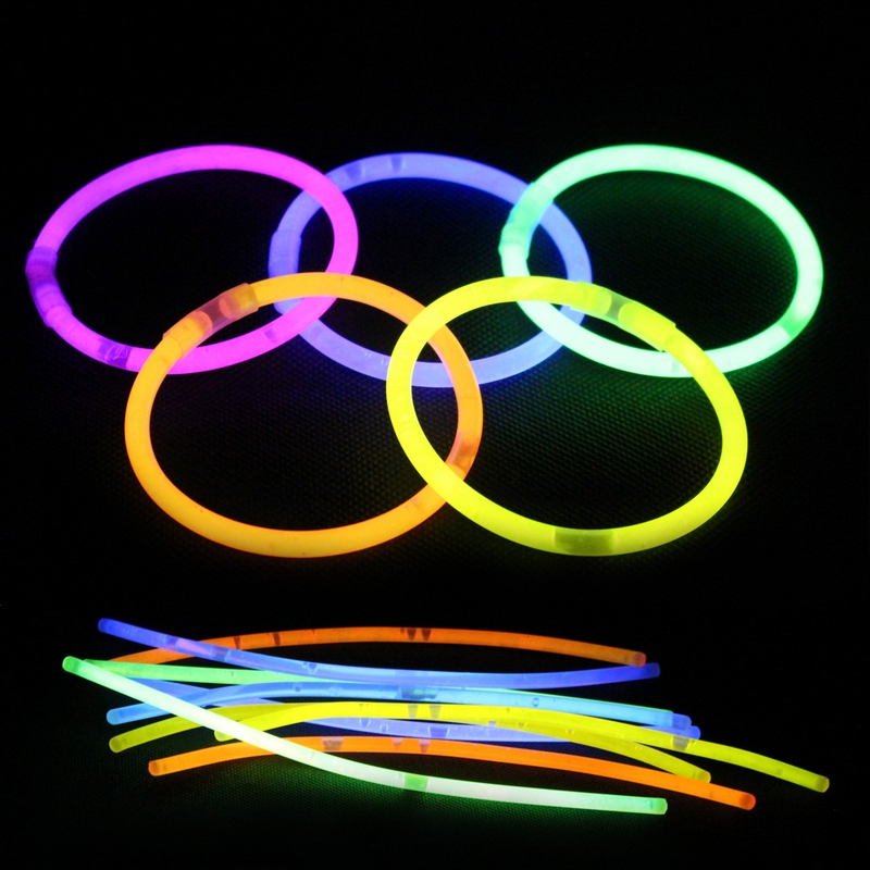 100Pcs/Lot Multi Color Fun Fluorescence luminous Glow Stick Bracelets Necklaces Party Event Light Xmas Festivities Ceremony Toys(China (Mainland))